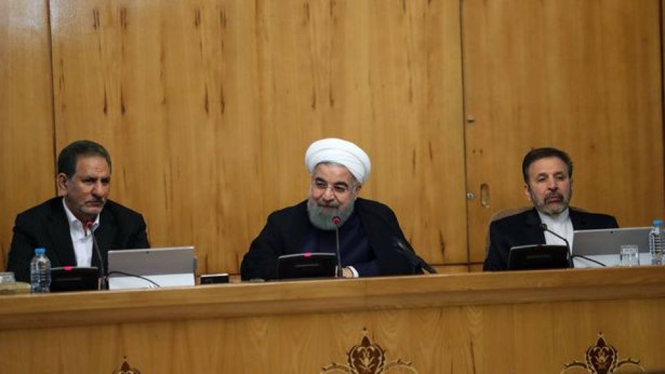 اخراج وزیر اقتصاد از شورای اطلاع رسانی دولت